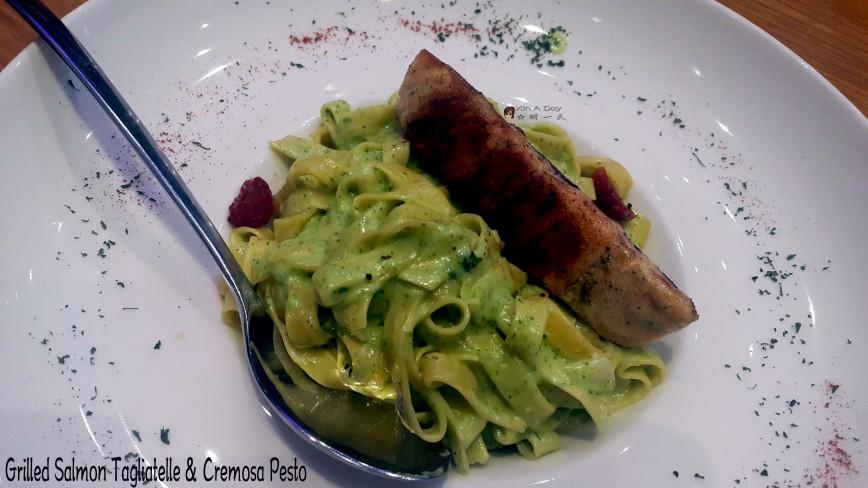 烤三文鱼搭配意式干面淋上香蒜奶油酱 Grilled Salmon Tagliatelle & Cremosa Pesto
